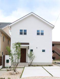 trendy home minimalist small houses simple D House, Girl House, Facade House, Design Exterior, Interior Exterior, Small House Design, Dream Home Design, Japan Modern House, Muji Home