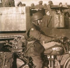 Motorcycle Shop, British Motorcycles, War Dogs, Historical Images, British Army, Ariel, World War, Cool Pictures, Empire