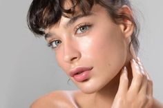 Did you know that avoiding sugary foods can help you go down in weight? Neither did I but now I do, read this article to find out more. Primer Test, Hyaluronic Acid Fillers, Nasolabial Folds, Rides Front, Make Up Looks, Perfect Skin, Face Serum, Glowing Skin, Moisturizer