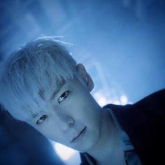 "He looks so sad :( ""T.O.P #choiseunghyun #BigBang #TOP"""