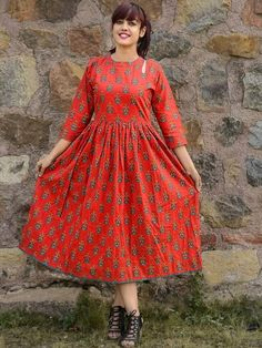 Buy Red Cotton Printed Anarkali Kurti online in India at best price.Shop online Red phoolbuti dress by Desi Doree This is a red cotton dress with floral motif all over and Simple Kurti Designs, Kurti Neck Designs, Kurta Designs Women, Salwar Designs, Frock Fashion, Fashion Dresses, Casual Frocks, Ikkat Dresses, Long Dress Design
