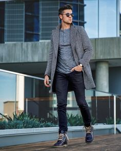 """1,171 Likes, 134 Comments - Parker York Smith (@parkeryorksmith) on Instagram: """"Fall is here! Styling these awesome @duckfeetusa boots today on the blog and giving my tips on…"""""""