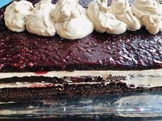 Tort de ciocolată cu zmeură și mascarpone – Chef Nicolaie Tomescu Caramel, Deserts, Food And Drink, Cakes, Cooking, Mascarpone, Sticky Toffee, Kitchen, Candy