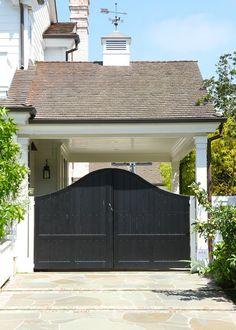 Love the Porte Cochere Gate feature. Porte Cochere, Carport Garage, Garage Doors, Pergola Carport, Enclosed Carport, Carport Plans, Garage Extension, Carport Designs, Modern Fence