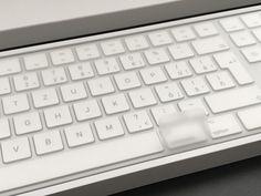Dnes recenzia novej Magic Keyboard s numerickými klávesami :-)  Sledujte MacBlog!  www.macblog.sk