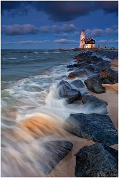 "❤ Lighthouse Marken, Marken, Netherlands / Photo ""Lighthouse Marken"" by Christian Bothner"