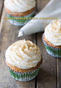 """Southern """"Hummingbird Cake"""" Cupcakes with Sour Cream Frosting on ASpicyPerspective.com #cupcakes #southern"""