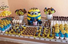 Minion cupcakes / minion candy / minion cake / Minion party