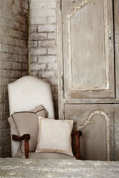 Tuscan Style in Australia French Interior, Interior Design, Interior Ideas, Tuscan Style Homes, Boho Home, Ivy House, Annie Sloan Chalk Paint, Rustic Charm, Cottage Chic