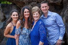 Many mahalos to the wonderful Schmidt family!! Such a pleasure to do your #portrait!
