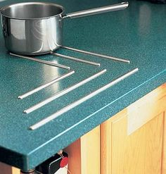Get your solid-surface counters clean with our tips for removing stains. | myhomeideas.com
