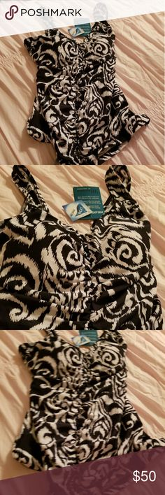 $$ Maxine of Hollywood Swimsuit NEW - Navy and white. Maxine of Hollywood Swim One Pieces