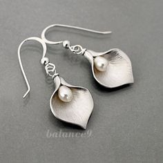 Calla Lily earrings, dangle, Sterling silver ear wire, delicate flower pearl drop, Bridesmaid wedding gift Everyday jewelry by balance9