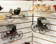 Good Sam Showcase of Miniatures: Wagons Diy Dollhouse, Dollhouse Furniture, Dollhouse Miniatures, Scale Models, Dioramas, Wooden Toys, Gypsy Wagon, Victorian Dolls, Miniature Houses