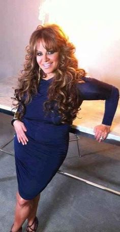 love her hair! Jennifer Rivera, Celebs, Celebrities, Great Hair, Hollywood Stars, Hair Dos, Gorgeous Women, Her Hair, Plus Size Fashion
