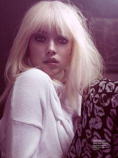 lips - M: Elsa Fredriksson, P: Peter Gehrke, S: Lisa Lindqwister (Elle Sweden April Bob Hairstyles For Fine Hair, Pretty Hairstyles, Hair Inspo, Hair Inspiration, Soft Grunge Hair, Asymmetrical Bob Haircuts, How To Cut Bangs, Lisa, Platinum Hair