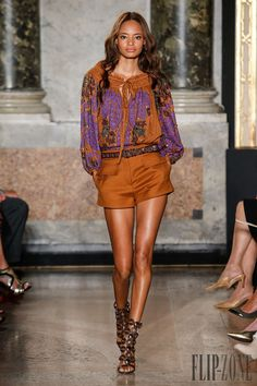 Milan Fashion Week Day 4 Emilio Pucci Spring/Summer 2015 Ready to wear 20 September 2014 Look Fashion, Runway Fashion, Spring Fashion, High Fashion, Fashion Show, Womens Fashion, Fashion Design, Fashion Trends, Milan Fashion