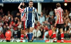 Southampton 3 Man Utd 1 in April 1998 at The Dell. Eric Cantona walks off at the end wearing a blue strip, United got changed at half time Bryan Robson, Eric Cantona, Sir Alex Ferguson, Premier League Champions, Hard Men, Manchester United Football, Man United, My People, Football Players