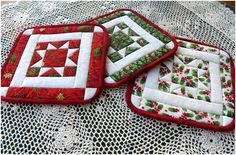 Christmas Potholders and Table Runner - Quilting Digest