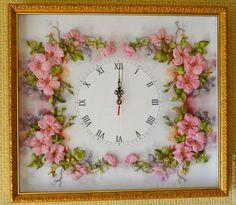 """Часы для дома ручной работы. Ярмарка Мастеров - ручная работа. Купить Часы интерьерные """"В зарослях шиповника"""". Handmade. часы"""