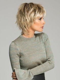 Short Layered Hair Style - 60 Classy Short Haircuts and Hairstyles for Thick Hair - The Trending Hairstyle Short Shag Hairstyles, Short Layered Haircuts, Medium Hairstyles, Short Hairstyles For Women, Hairstyle Short, Pixie Haircuts, Trending Hairstyles, Layered Short Hair, Layer Haircuts