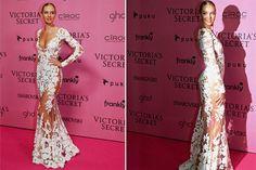 Victoria's Secret: todos los looks de la after party  Candice Swanepoel, con uno de los cuerpos más esculturales arriba y abajo de la pasarela, aprovechó para lucir este vestido con transparencias y encajes estratégicamente repartidos.  /Reuters