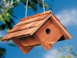 Coffee can birdhouse... easy and cheap~