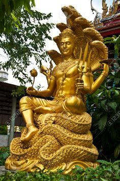 7891233-thai-sculpture-image-of-narayana-Stock-Photo-hindu-god-indian.jpg (863×1300)