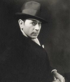 http://jake-weird.blogspot.com/2012/10/george-raft-film-gangster.html