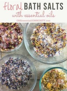 DIY floral bath salts -- a great source of minerals and trace elements, and help remove toxins from your skin. Plus depending on the essential oils you choose to use, they can help calm, improve sleep Entspannendes Bad, Bath Salts Recipe, Floral Bath, Bath Recipes, Beauty Recipe, Herbalism, Healthy, Improve Circulation, Reduce Inflammation