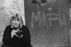 Letizia Battaglia - Palermo 1995. Letizia Battaglia fotografata dalla figlia Shoba.