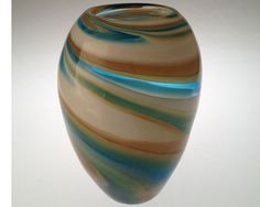 Atlantique Seed vase by Jennifer Nauck