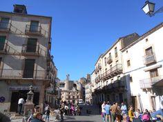 La Plaza de España y espacios adyacentes son los lugares con mas vida de Sepulveda