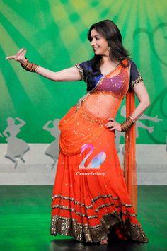 Madhuri dixit in lehenga.still sizzling Indian Bollywood Actress, Bollywood Fashion, Bollywood Style, Indian Dresses, Indian Outfits, Madhuri Dixit Saree, Bollywood Lehenga, Lehenga Saree, Team Bride