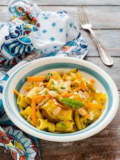Terra, Pasta Salad, Thai Red Curry, Ethnic Recipes, Food, Vegetarian, Vegan, Recipes, Crab Pasta Salad