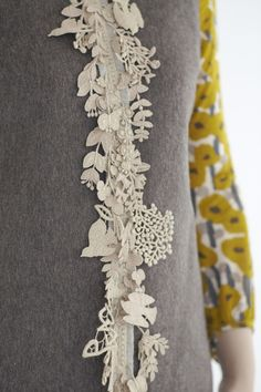 white lace with tiny birds on sweater. Couture Details, Fashion Details, Fashion Design, Fashion Ideas, Fashion Tips, Textiles, Irish Crochet, Knit Crochet, Passementerie