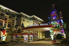 The LEGOLAND Windsor Resort Hotel lit up at night!