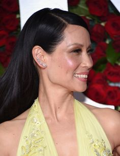 Lucy Liu The Best Jewelry at the 2016 Tony Awards