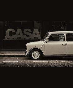 """A """"Classic Seven"""" special edition, one of the last Minis produced in 2000 (distinctive 'pepperpot' wheels)"""