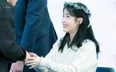 """IU 191128 """"Love Poem"""" Fansign Talent Agency, Love Poems, Korean Singer, Girl Group, Twitter, Smile, Kpop, Woman, Random"""
