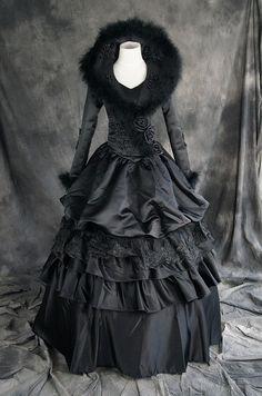 Victorian Gothic Lolita schwarz black Kostüm costume Kleid dress Looks JUST LIKE the Silverthorn angel of afterlife dress Gothic Victorian Dresses, Gothic Dress, Victorian Fashion, Gothic Fashion, Vintage Fashion, Emo Fashion, Viktorianischer Steampunk, Steampunk Clothing, Steampunk Fashion