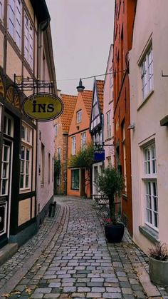 Beautiful Places, Germany, Wanderlust, Travel, Bremen, Cozy Cafe, Colorful Houses, Twine, Old Town