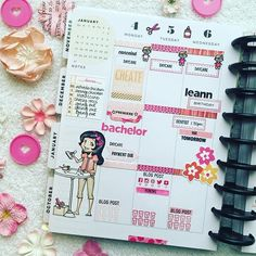 Day 13 of #thehappyplannerigchallenge: Pink. Here's half of a monochromatic layout. #sparklecreationshappyplanner  #thehappyplanner #mambi #meandmybigideas #embracethediscs #plannerpages #plannerstamps #plannerstamping #plannerstampingaddict #plannerstickers #planwithme
