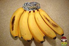 상상초월 생활 속 놀라운 '쿠킹호일' 활용법 Banana, Fruit, Food, Study, Ideas, Studio, Eten, Bananas, Investigations