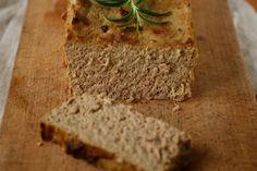 pasztet Polish Recipes, Banana Bread, Desserts, Food, Diet, Recipes, Pot Pies, Recipies, Tailgate Desserts