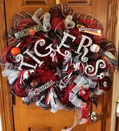 School Spirit Mesh Wreath by MissJoysSweetLife on Etsy, $90.00 #wreath #schoolspirit #meshwreath