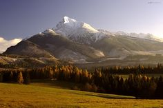 Kriváň, Krivan so much history High Tatras, European Countries, My Heritage, Slovenia, Czech Republic, Paths, Photographs, Castle, Traveling