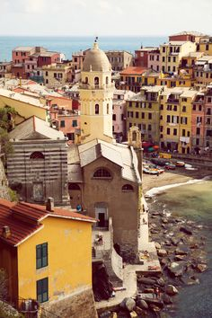 """Cinque Terre"" translates to Five Lands. It is made of five picturesque towns, perched along the rugged cliffside of the Italian Riviera #CinqueTerre"