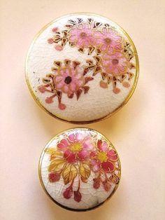 画像1: サクラ咲く 薩摩焼ボタン