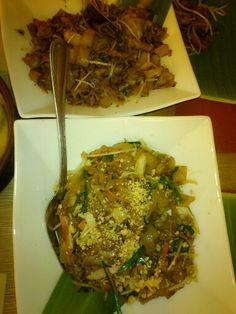 @Banana Leaf Banana, Beef, Food, Meat, Essen, Bananas, Meals, Fanny Pack, Yemek